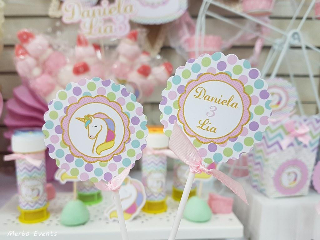 toppers  palito fiesta cumpleaños unicornio Merbo Events
