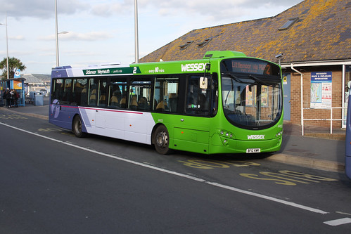 First Hampshire & Dorset 69553 BF12KWM