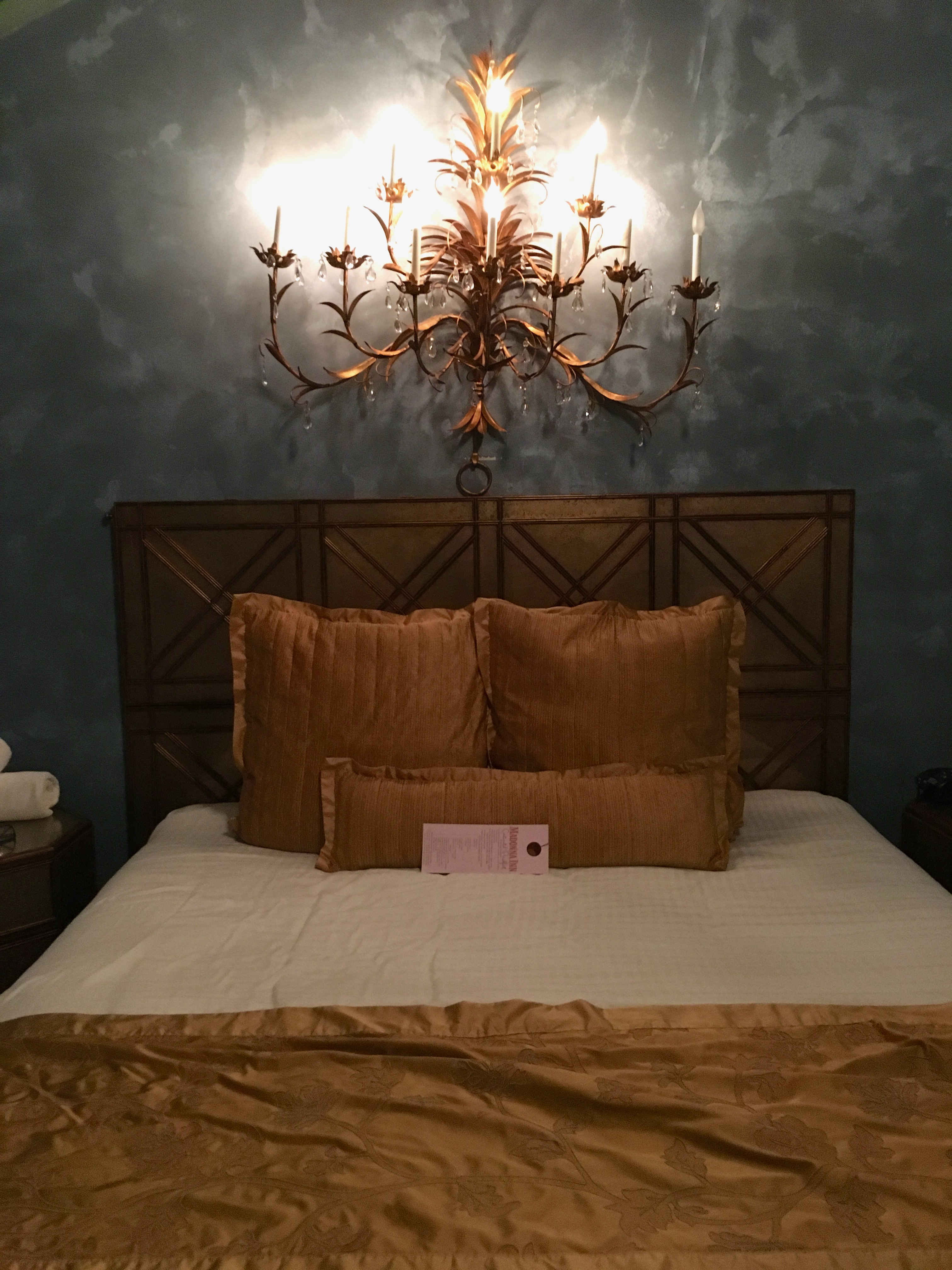 Madonna Inn - bed