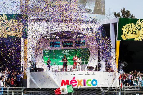podium meksico 17