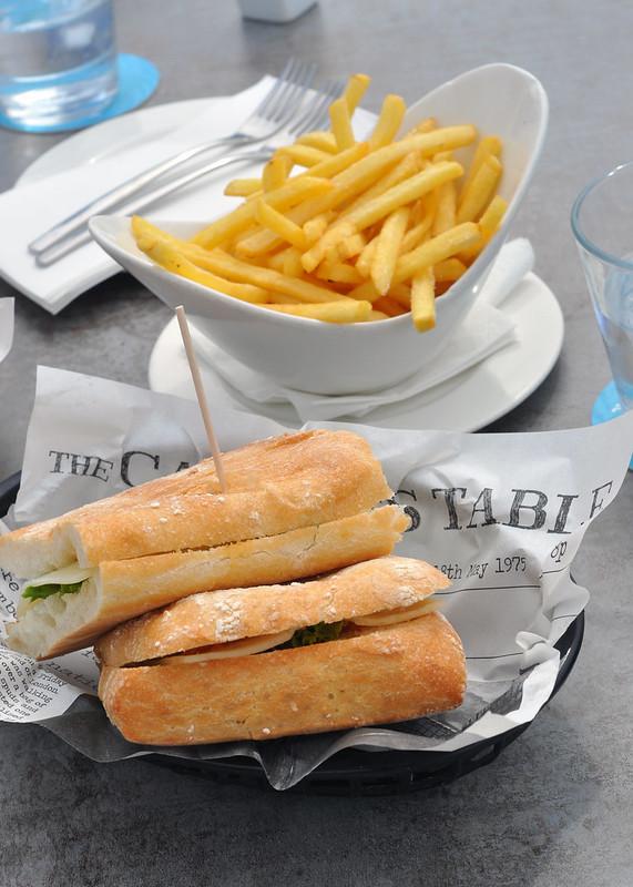 Sandwiches & Pommes Frites