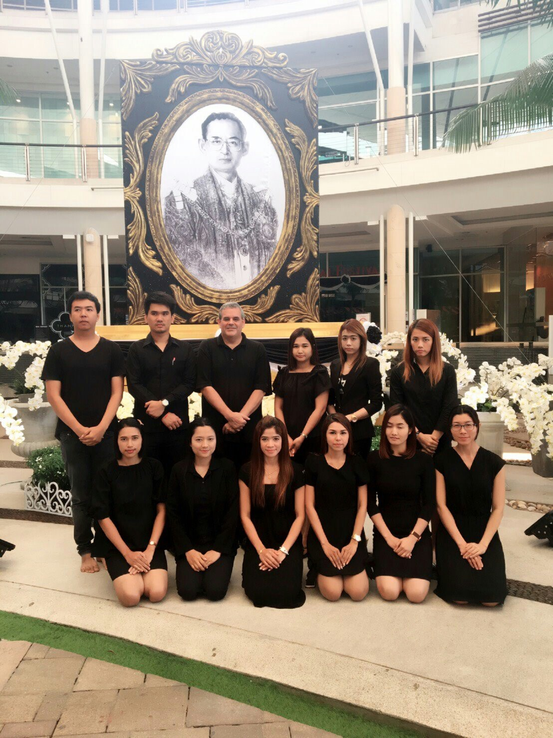 Paying respects to His Majesty King Bhumibol Adulyadej with my students. Photo taken on October 26, 2016