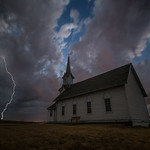 19. Juuli 2017 - 22:17 - 'Striking'  DeSmet, South Dakota. July 19th 2017 10:17 PM  Canon EOS 6D Canon EF 16-35mmf/2.8 L III USM  @ 4seconds f/2.8 800iso 16mm  © Aaron Groen  Prints-  fineartamerica.com/featured/striking-aaron-j-groen.html