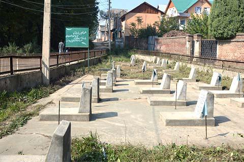 Bijbehara Graveyard 22_Oct_2017_000837477