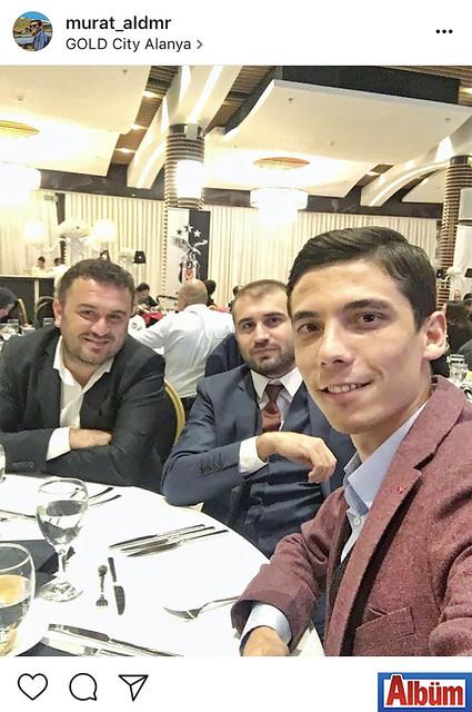 Murat Aldemir, yakın dostları Fatih Uysal ve Osman Uysal ile birlikte Gold City Hotel'de düzenlenen Beşiktaşlılar Gecesi'ndeydi.