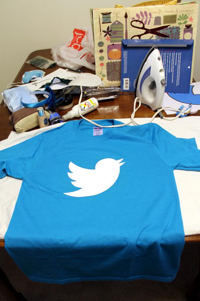 It's Twitchcraft: Easy DIY Twitter Halloween Costume (via Wading in Big Shoes)