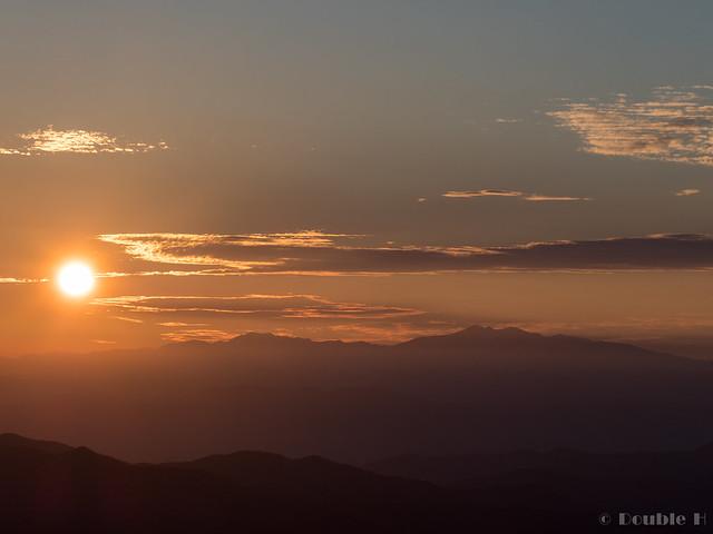 Shinhotaka Ropeway 2017.10.27 (40) sunset with Mount Haku (Haku-san)