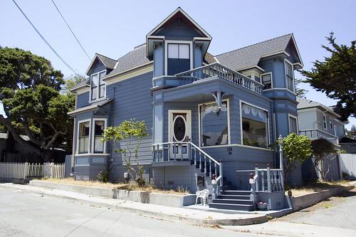 Monterey victorian architecture