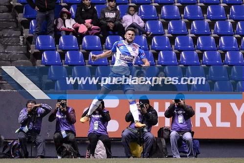DSC_0334 AP2017 / J10 LIGA Club Puebla vs Club de Futbol Monterrey Rayados   Estadio Cuauhtémoc   Fotografías Mara González / Lyz Vega / Saúl Sánchez / Manuel Vela para Mv Fotografía Profesional / Edición y retoque www.pueblaexpres.com