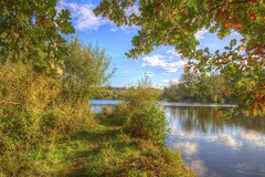 Tue, 03/10/2017 - 17:14 - Early October hike around lake Hücker Moor.