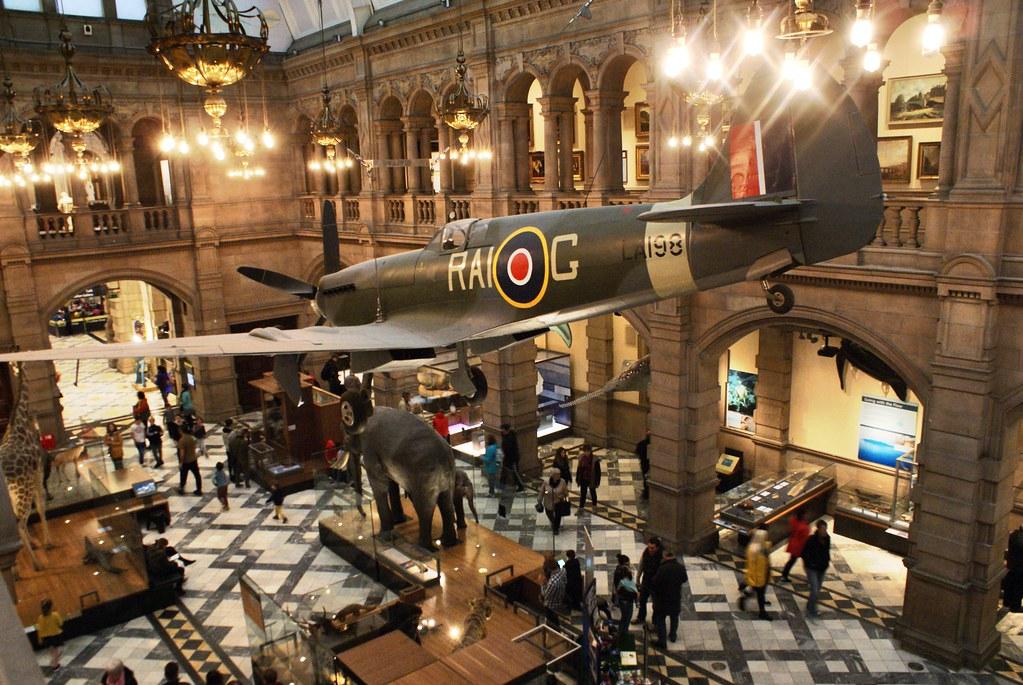 Spitfire, fameux chasseur de la RAF au musée Kelvingrode de Glasgow.