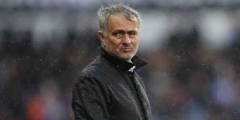 Jose Mourinho Akan Siap Permalukan Pemain Manchester United