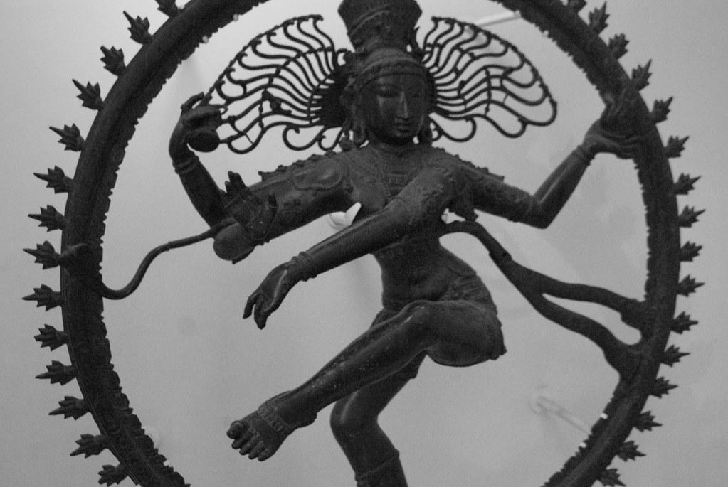 Statue de Shiva dans le musée des religions à Glasgow.
