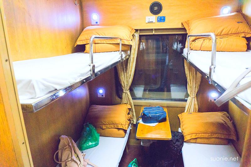 Hanoi Sapa train - standard cabin