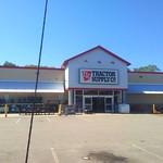 Tractor+Supply+%28Johnson%2C+Rhode+Island%29