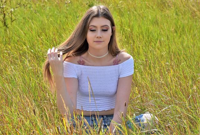 Meadow daydreams.