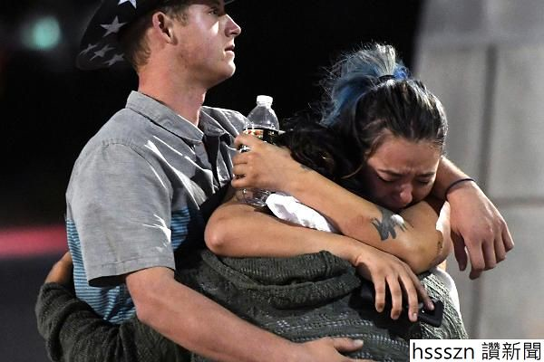 104746778-GettyImages-856640728-las-vegas-shooting.600x400_600_400