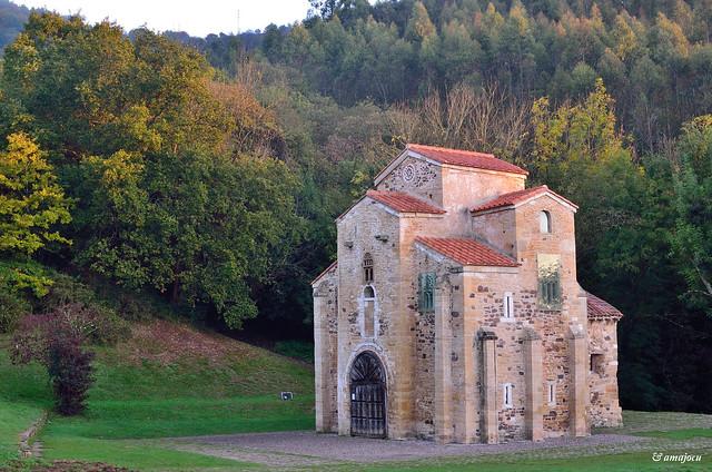San Miguel de Lillo - Prerrománico asturiano  (Oviedo)  Spain