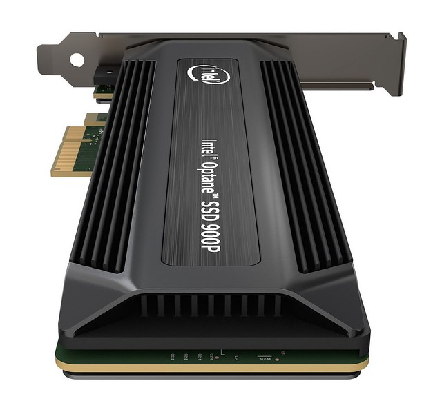 Intel-Optane-SSD-900P-Series-AIC-Hero