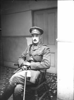 Lieutenant-Colonel Harcus Strachan / Lieutenant-colonel Harcus Strachan