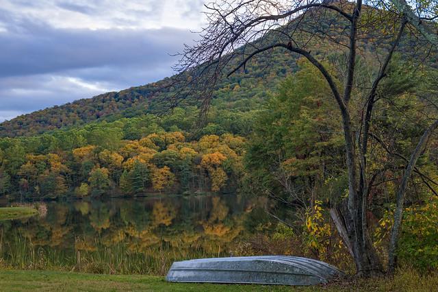 Abbott Lake - Virginia (Explore 10/12/17)