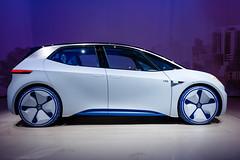 Seitenansicht vom neuen VW I.D. Elektroauto bei der IAA 2017 in Frankfurt am Main