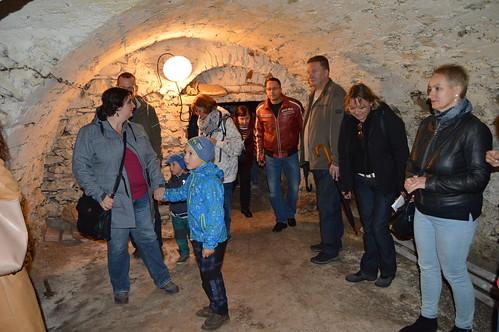 Kdo se nebál navštívil sklepení pod renesanční tvrzí