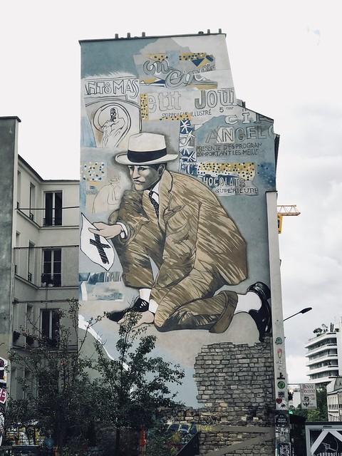 Large graffiti on a wall rue de Belleville