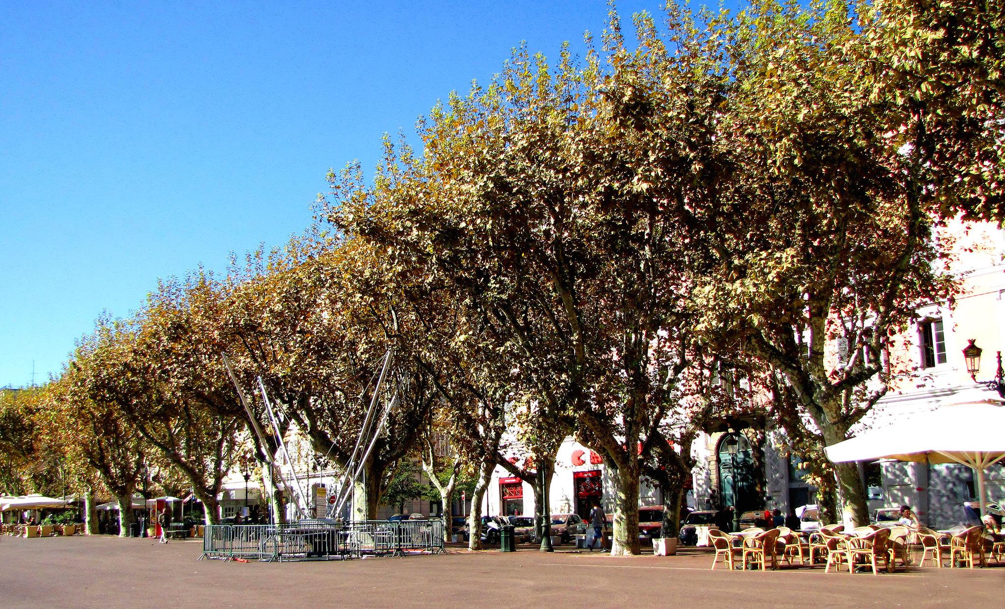 Bastia, Place St. Nicolas