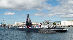 USS Chicago (SSN 721) arrives at Joint Base Pearl Harbor-Hickam, Sept. 28. (U.S. Navy/MC1  Daniel Hinton)