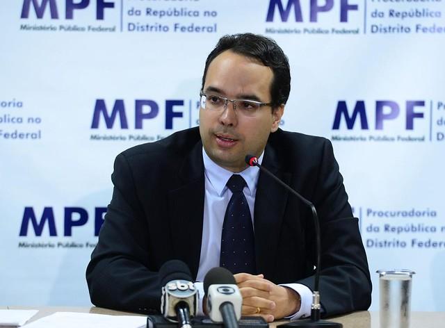 Novo GT da Lava Jato tem ex-advogado da Petrobras e procuradores do caso Mensalão