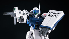 MG 1/100 RGM-79SP GM Sniper II(White Dingo Team Colors)