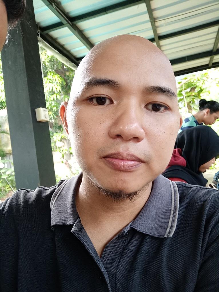 Hasil Foto Selfie Oppo F5 tanpa mode Beauty