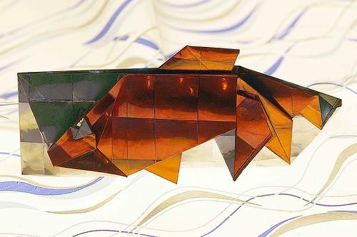 Origami Goldfish Chopstick Holder (Hidehisa Inayoshi)