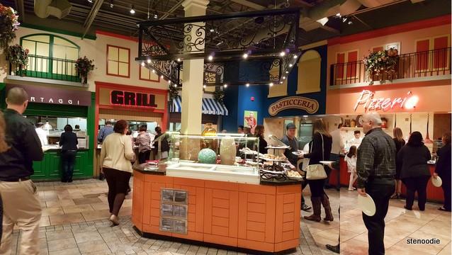 Vinnie Zucchini's Italian Buffet interior