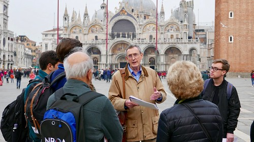 Venice Study Group Fall 2018 students with Prof. Albert Ammerman in St. Mark's Square 3