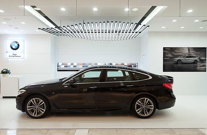[新聞照片三] 開幕期間展示輔上市的全新BMW 6系列Gran Turismo