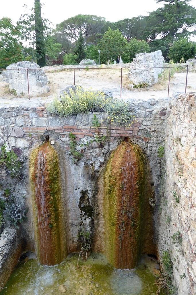 Val d 39 orcia siena italy tripcarta - Porta castellana montalcino ...