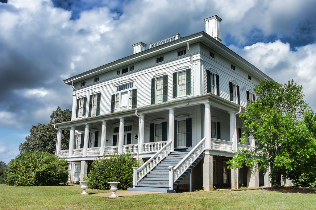 The Redcliff mansion