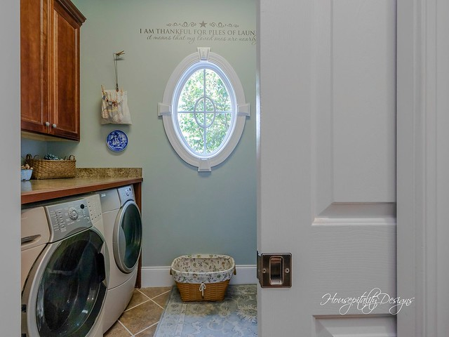 Laundry Room-HousepitalityDesigns