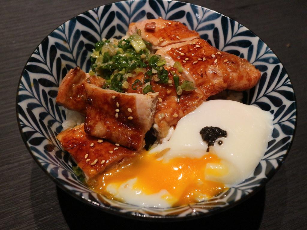神田燒肉丼 (61)