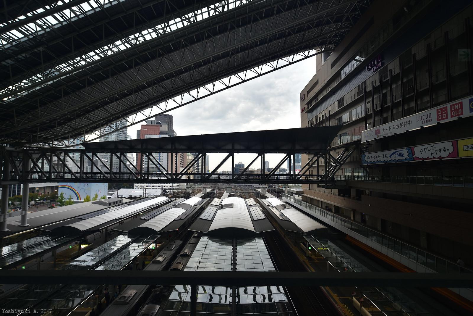 大阪駅_DS7_0113_nxd