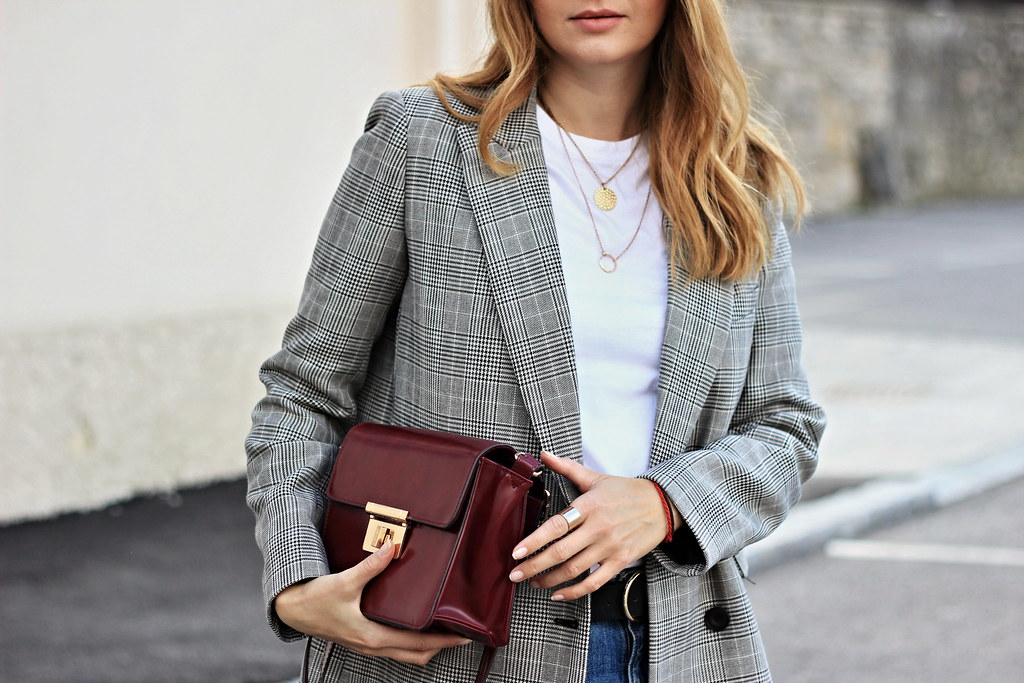 df99df451a kabát - Zara basic bavlnené tričko - Kik jeansy - H M kabelka - F F (pekné  nájdeš aj na Lovely) čiapka - Choies (čekni Stradivarius