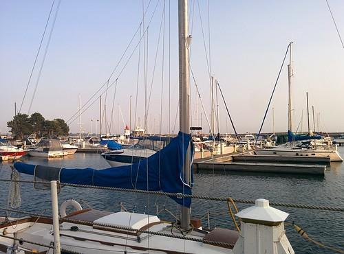 Towards the heart (5) #toronto #ontarioplace #marina #architecture #latergram