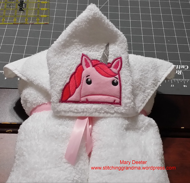Ready to deliver - 1 Unicorn towel