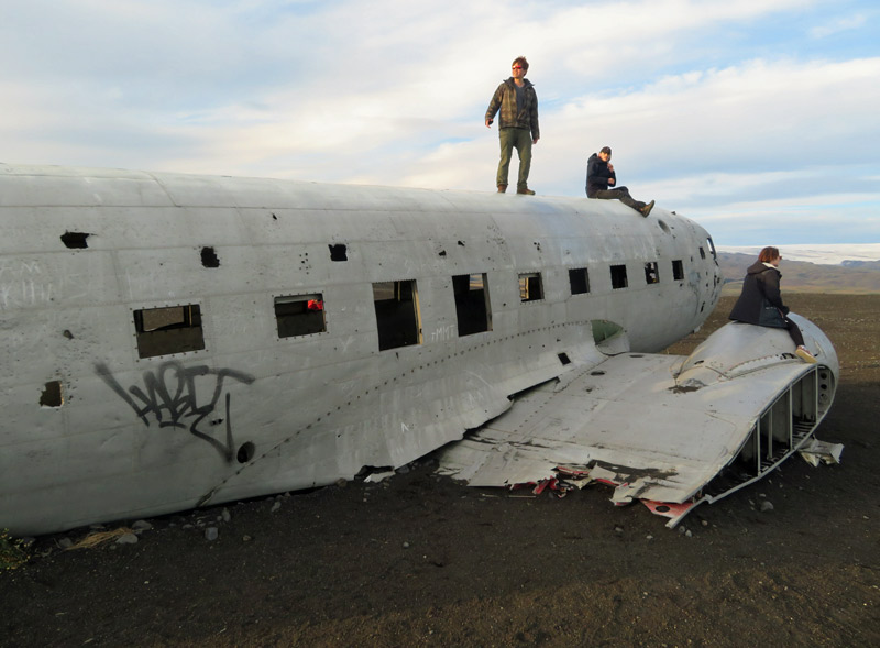 plane-crash-site-iceland