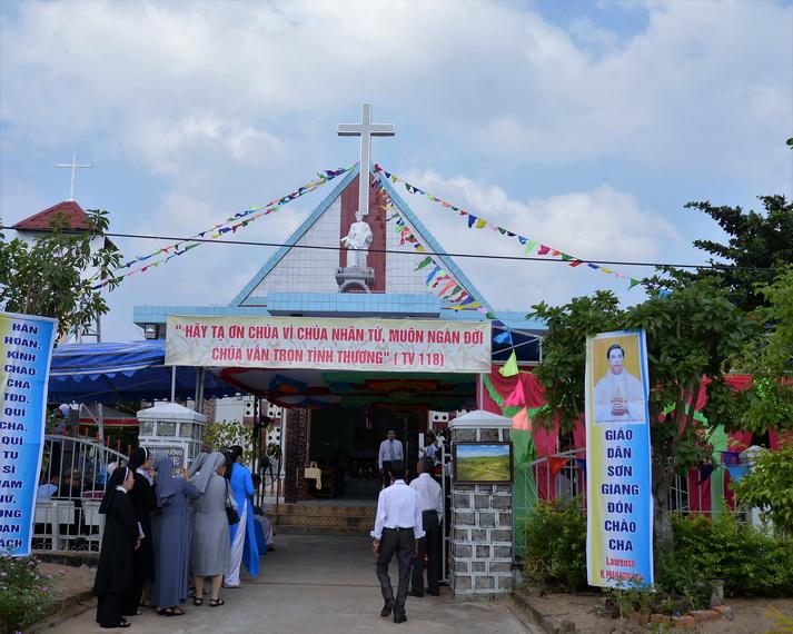Thánh lễ bổ nhiệm Cha Phó Biệt Lập Giáo họ Sơn Giang