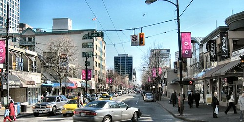 Robson-St-older-pic-Vancouver.BC-Vacouver.ca