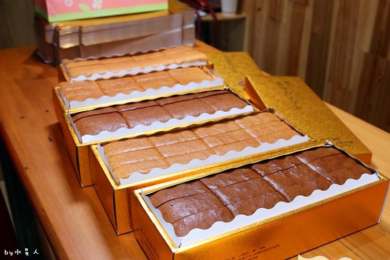 23796403008 7b2b8bb6ae b - 熱血採訪|福久長崎蛋糕,日式慢火烘焙工法,口感濕潤有彈性,安心無添加,濃郁巧克力香氣