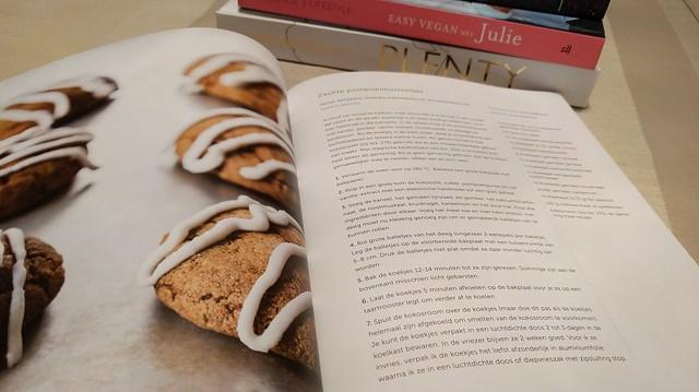 vegan kookboeken in mijn kast